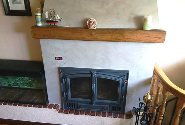 Instalaci n de chimenea de le a y calefacci n de biomasa en lava - Calefaccion con chimenea de lena ...